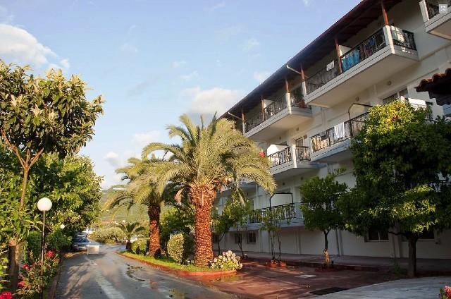 Sun Beach Hotel Platomonos