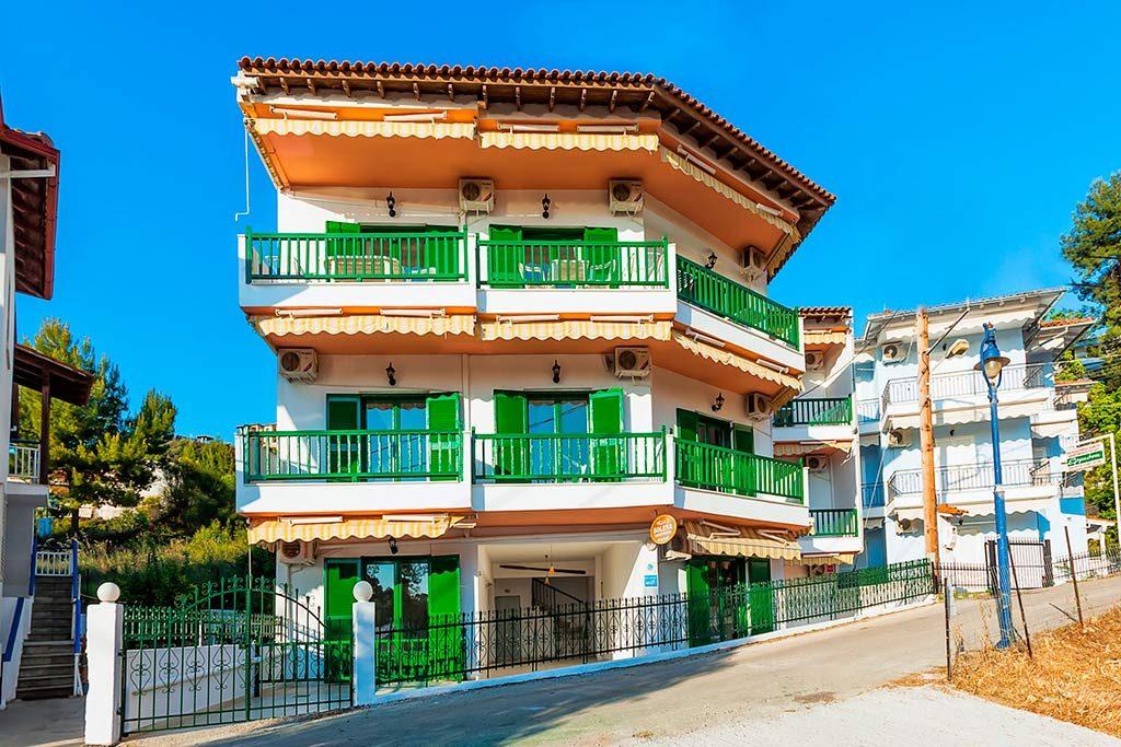 Xenios Solena Villa Apts